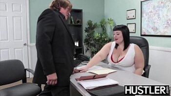 Cockloving BBW hammered hard in office
